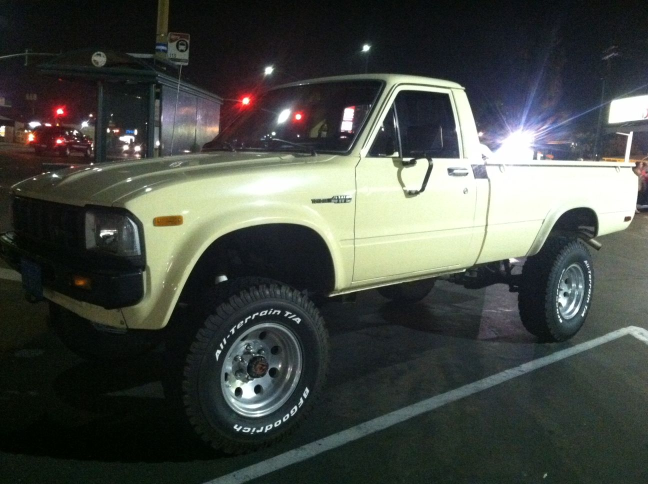 1983 toyota 4x4 long bed